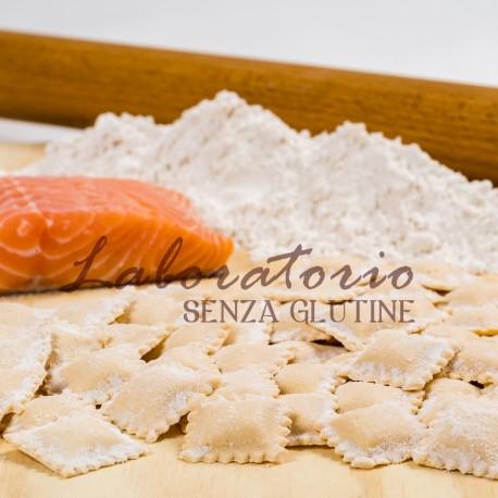 Ravioli ripieni di salmone