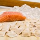 Ravioli rellenos de salmón